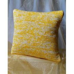 Poszewka na poduszkę żółto kremowa