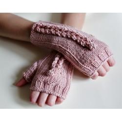 Mitenki różowe z palcem