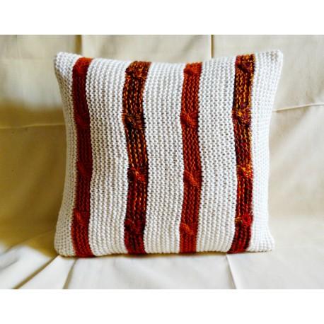Poszewka na poduszkę w pasy